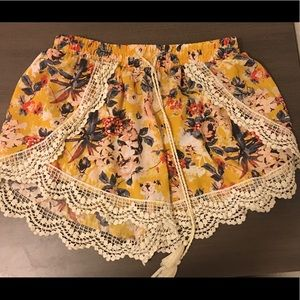 Lace trimmed floral shorts
